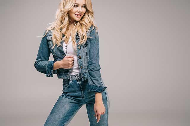 Jeans Outfit © depositphotos.com