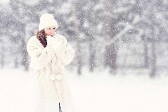 Pelzmantel in Weiß
